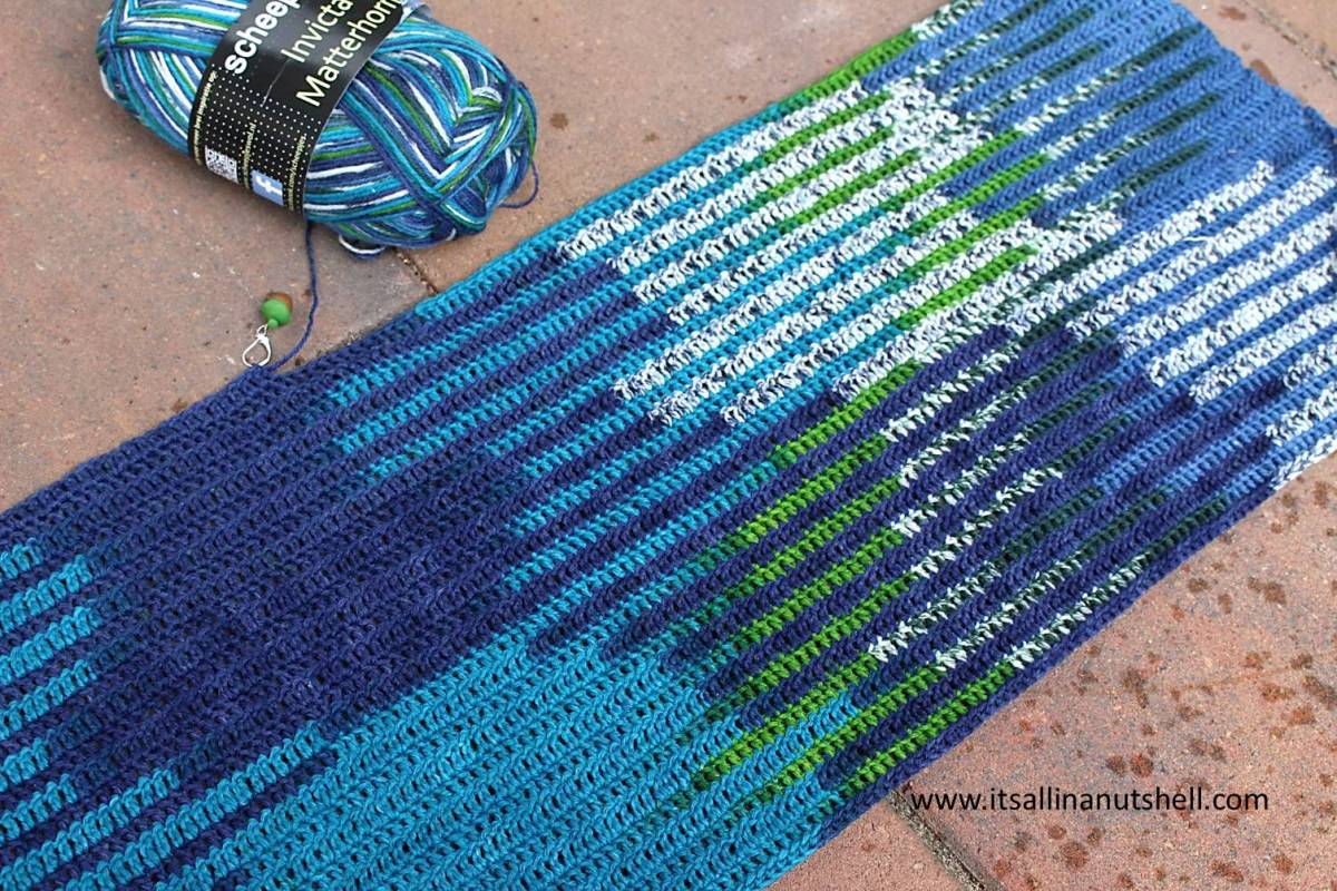 Planned Color Pooling With Long Color Changing Variegated
