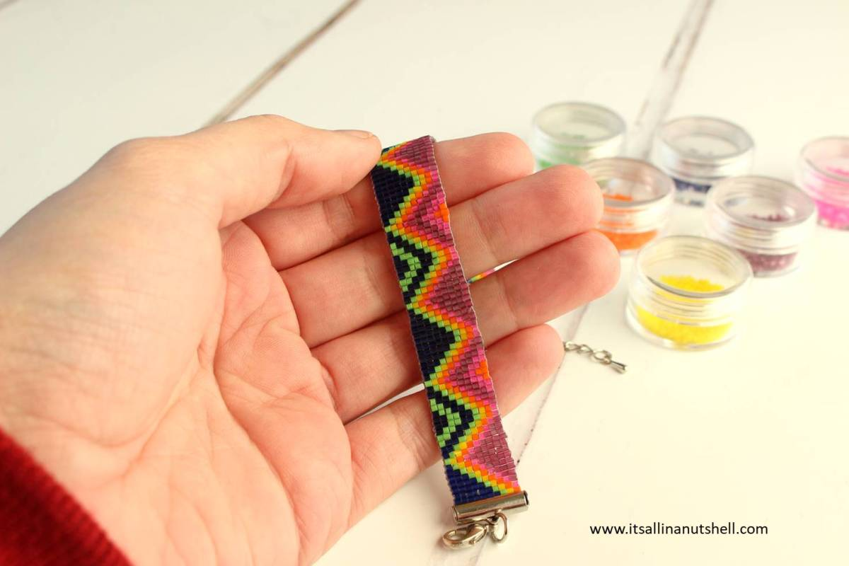 Ubuntu Friendship Bracelet Video Tutorial